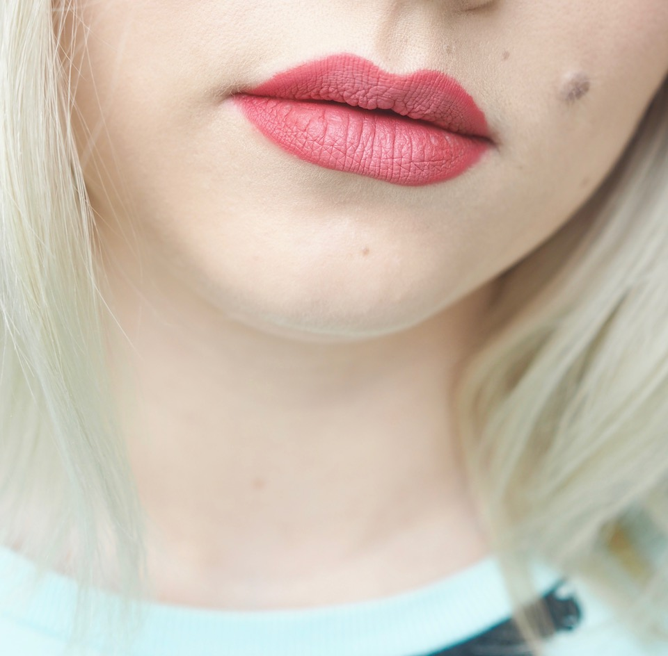 Mattapintaiset ombre-huulet
