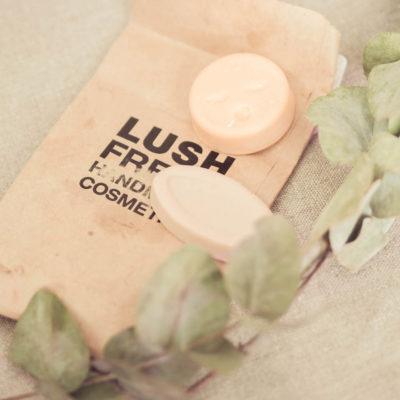 Lush ja pakkaukseton kosmetiikka