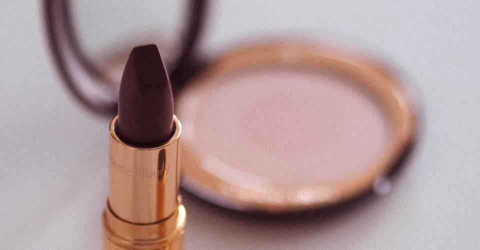 Meikit & hygienia – meikkien desinfiointi ja hygieeninen säilytys